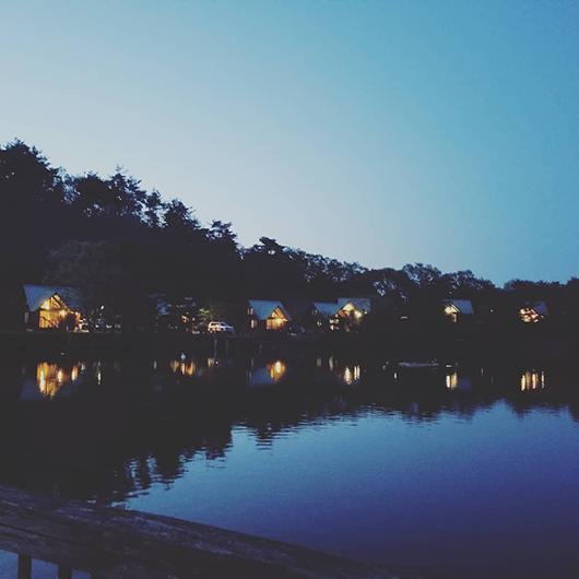 雲海温泉 湖畔のバンガロー